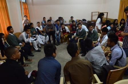 Discussing food clubs at Sankardev College, Shillong. Photo: NESFAS/ Donboklang Majaw